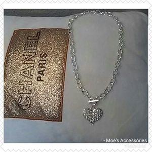 Jewelry - GORGEOUS RHINESTONE HEART NECKLACE NEW